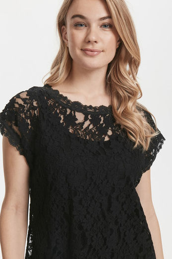 Cream Vivi Lace Blouse Pitch Black